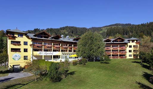 Hotel Alpenhof - A paradise with garden