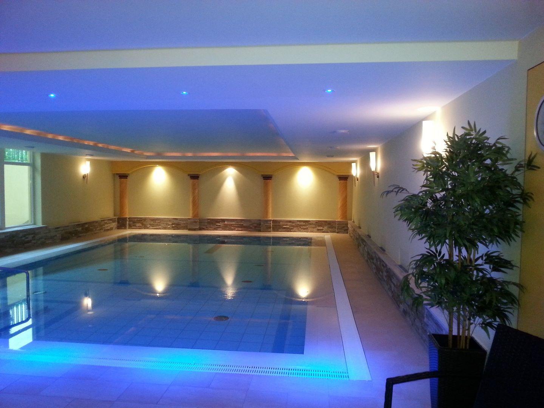 Indoor swimming pool luxus  Indoor pool